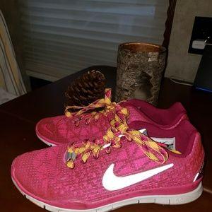 Nike Running Shoes great shoes- 7.5 Women